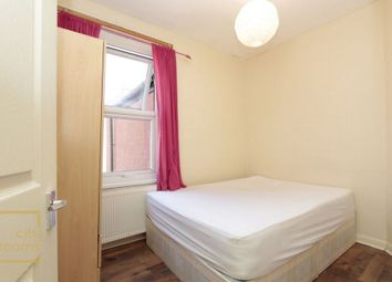 Thumbnail Room to rent in Park Avenue, East Ham