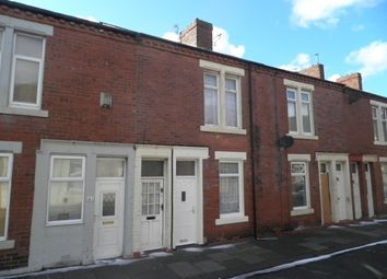 Thumbnail 1 bedroom flat to rent in Devonshire Street, South Shields