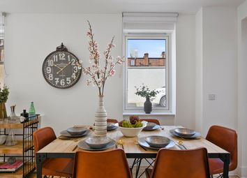 Thumbnail 2 bed flat for sale in Kempton Mews, London
