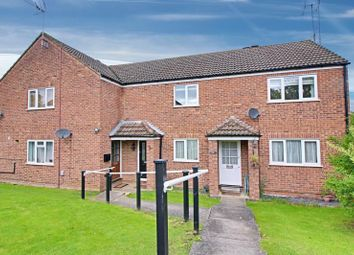 Thumbnail 2 bed flat to rent in Leat Close, Sawbridgeworth, Herts