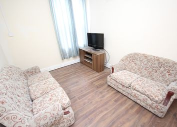 Thumbnail 3 bed flat to rent in Bearwood Road, Smethwick, West Midlands