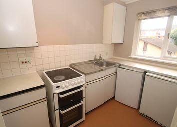 Thumbnail 1 bedroom flat to rent in Garrick Crescent, Croydon