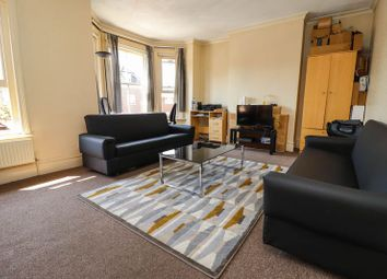 Thumbnail 2 bedroom flat to rent in Richmond Gardens, Southampton