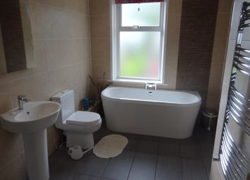 3 bed terraced house to rent in Deighton Lane, Batley WF17