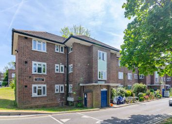Thumbnail 2 bedroom flat for sale in Lyndale, West Hampstead