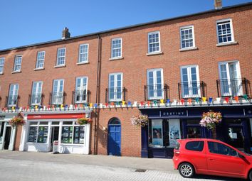 Thumbnail 2 bedroom flat to rent in Hampden Square, Fairford Leys, Aylesbury