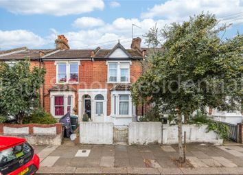 Roslyn Road, London N15. 2 bed terraced house