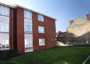 2 bed flat to rent in Chelmsford Street, Lincoln LN5