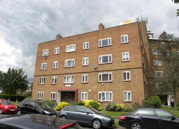 Thumbnail 3 bed flat to rent in Basingdon Way, London