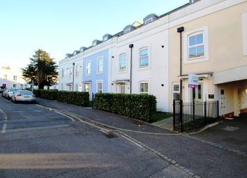 Thumbnail 2 bed flat to rent in Gooding House, Warren Road, Reigate