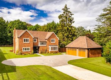 Thumbnail 5 bed detached house to rent in Elizabeth House, Checkendon