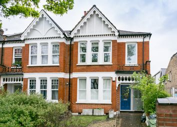 Thumbnail 3 bed flat to rent in Weir Road, London