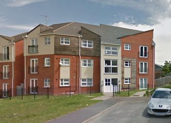 Thumbnail 2 bed flat to rent in Fairmount Close, Worcester