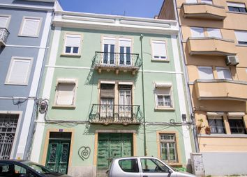 Thumbnail 8 bed block of flats for sale in Lisbon, Portugal