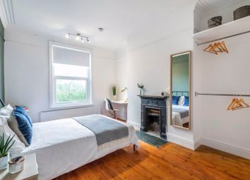Thumbnail 5 bed terraced house to rent in Woollaston Road, Finsbury Park, London