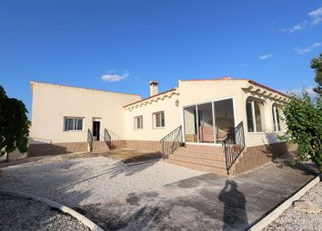 Thumbnail 6 bed villa for sale in Onil, Spain