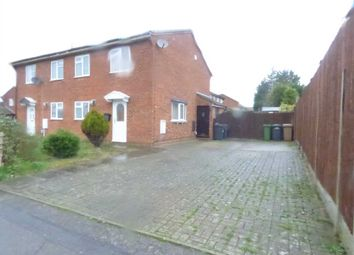 Thumbnail 1 bed town house to rent in Linbridge Way, Luton