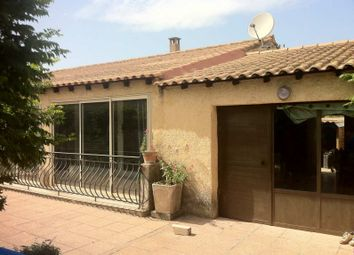 Thumbnail 3 bed villa for sale in L'isle-Sur-La-Sorgue, Vaucluse, 84800, France