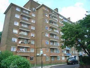 Thumbnail 2 bedroom flat to rent in Nelson Square, Southwark