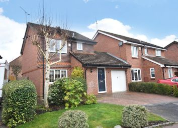 Mary Mead, Warfield, Berkshire RG42. 3 bed link-detached house for sale