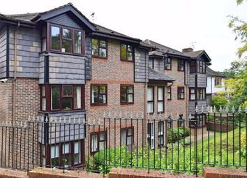 Thumbnail 2 bed flat to rent in The Acorns, Sevenoaks