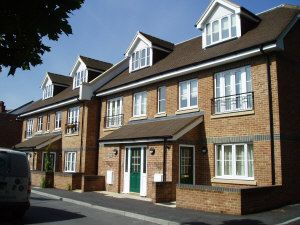 Thumbnail 2 bedroom flat to rent in Wey Hill, Haslemere