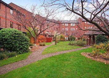 Thumbnail 2 bed flat for sale in Maltings Place, London, Fulham