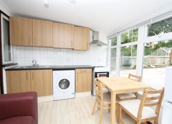 Thumbnail Studio to rent in Oakwood Crescent, Winchmore Hill, London