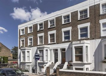 Thumbnail 1 bed flat to rent in Brackenbury Road, London