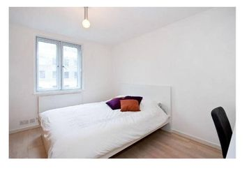 Thumbnail 1 bed flat to rent in Battlebridge Court, Wharfdale Road, London