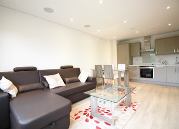 Thumbnail 2 bed flat to rent in Friern Barnet Road, New Southgate