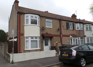 Thumbnail 1 bed flat to rent in Heath Road, Chadwell Heath, Essex