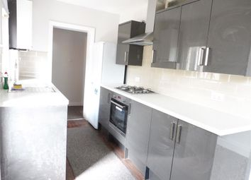 Thumbnail 2 bed flat to rent in Sandfield Road, Thornton Heath