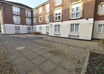 Thumbnail Flat to rent in Andrews House, Brighton Road, Purley, Surrey