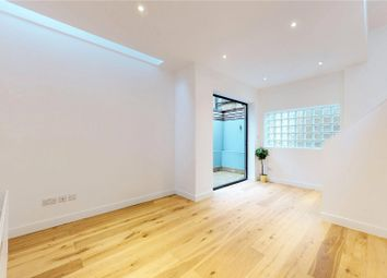 2 bed end terrace house to rent in Slindon Court, Stoke Newington High Street, London N16