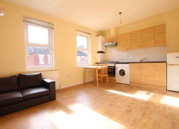 Thumbnail 1 bed flat to rent in Crowland Road, London