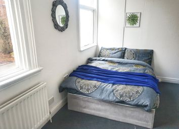 Room to rent in Wolverhampton Street, Dudley DY1