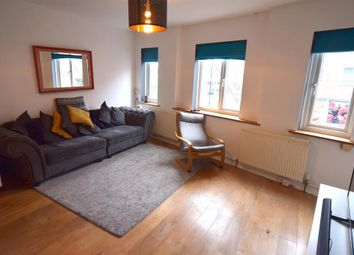 Thumbnail 2 bed flat to rent in Central Road, Worcester Road