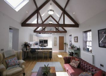 Thumbnail 2 bed property to rent in Park Row, Farnham