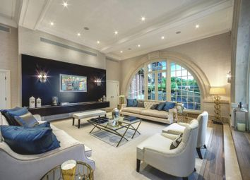 Thumbnail 3 bed flat for sale in Star And Garter, Richmond