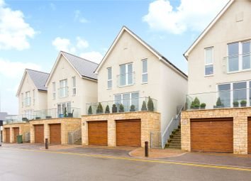 The Avenue, Knights Wood Park, Tunbridge Wells, Kent TN2. 3 bed detached house for sale
