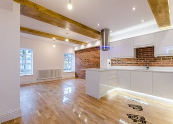 Thumbnail 2 bed flat to rent in Welmar Mews, Clapham