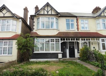 Thumbnail 2 bed flat to rent in Ridge Road, Winchmore Hill, London