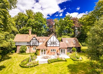The Old Lodge, Whitchurch Hill RG8. 5 bed detached house