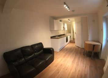 Thumbnail 3 bed flat to rent in Chapter Road, London