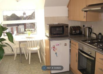 Thumbnail 1 bedroom flat to rent in Station Road, Winchmore Hill