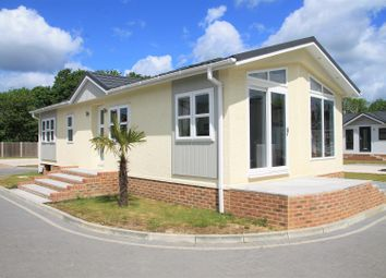 Lyngfield Park, Bray, Bray SL6. 2 bed mobile/park home for sale
