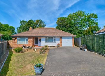 Seafield Close, Seaford BN25. 3 bed detached bungalow