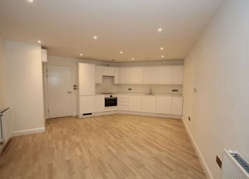 Thumbnail 2 bed flat to rent in Sphere, St Paul's Way, London