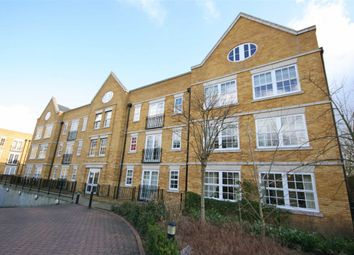 Thumbnail 1 bed flat to rent in Twickenham Road, Isleworth